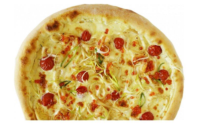 Пицца с лангустинами, кальмарами и красной икрой XXL
