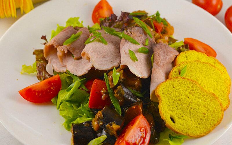 Тосканский мясной салат