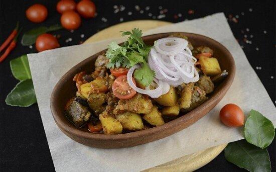 Баранина с овощами, домашней аджикой наКеци