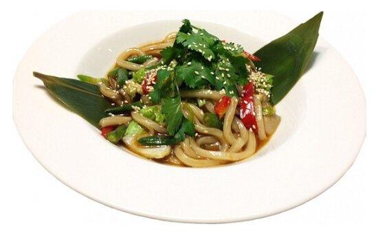 Лапша с овощами по-тайски
