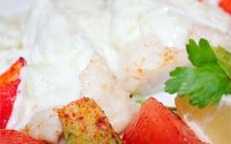 Филе судака со сливочно-грибным соусом