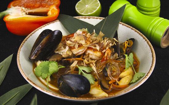 Лапша с морепродуктами по-сингапурски