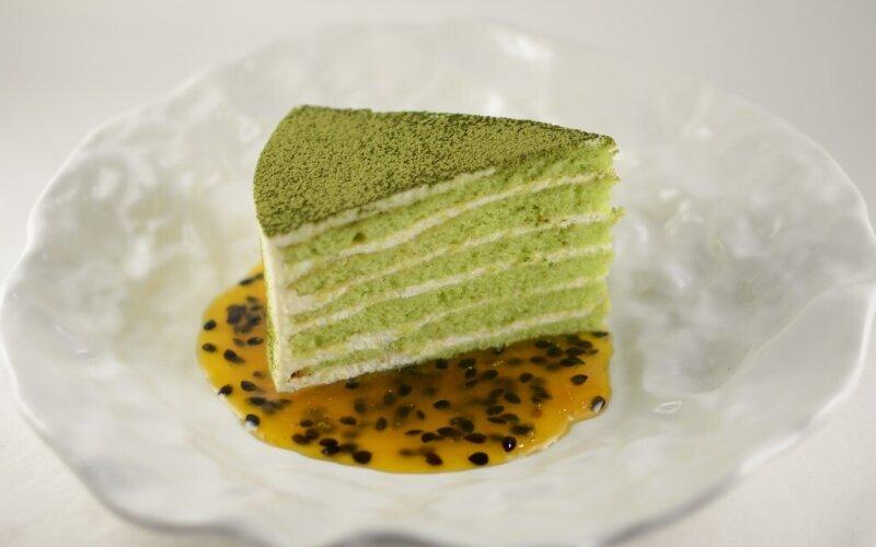 Матча торт с  маракуйей