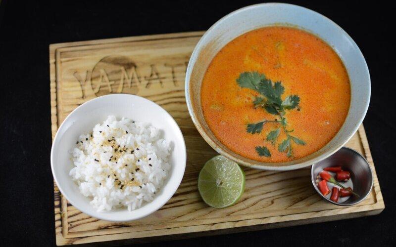 Сливочный тайский суп на кокосовом молоке