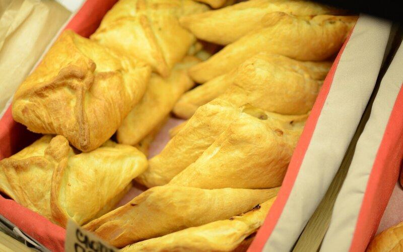 Слойка с курицей и картофелем
