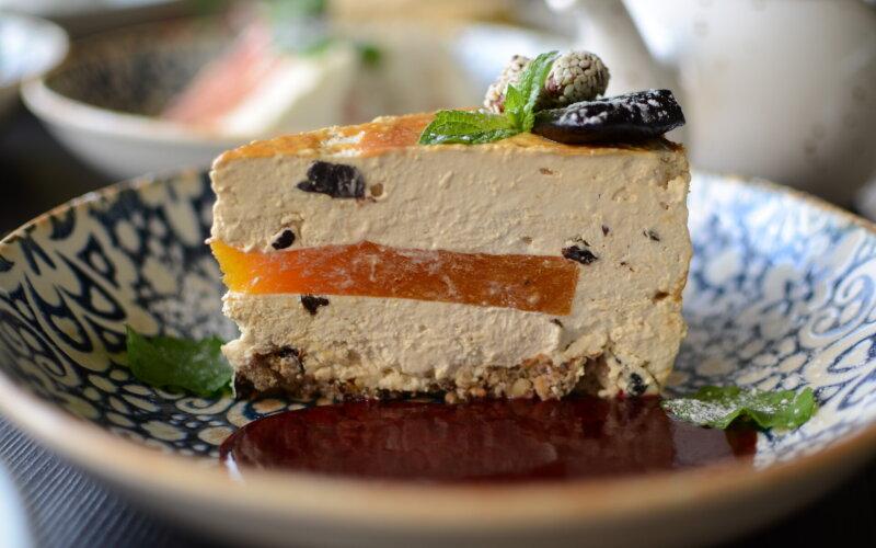Торт карамельный с черносливом